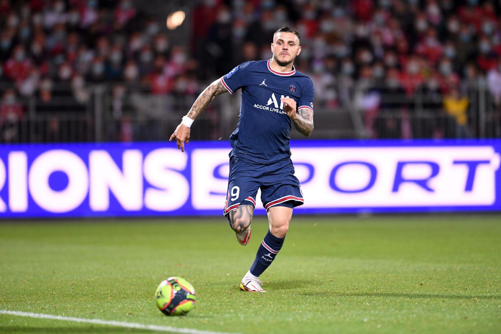 Mauro Icardi (PSG) will an den Ball kommen