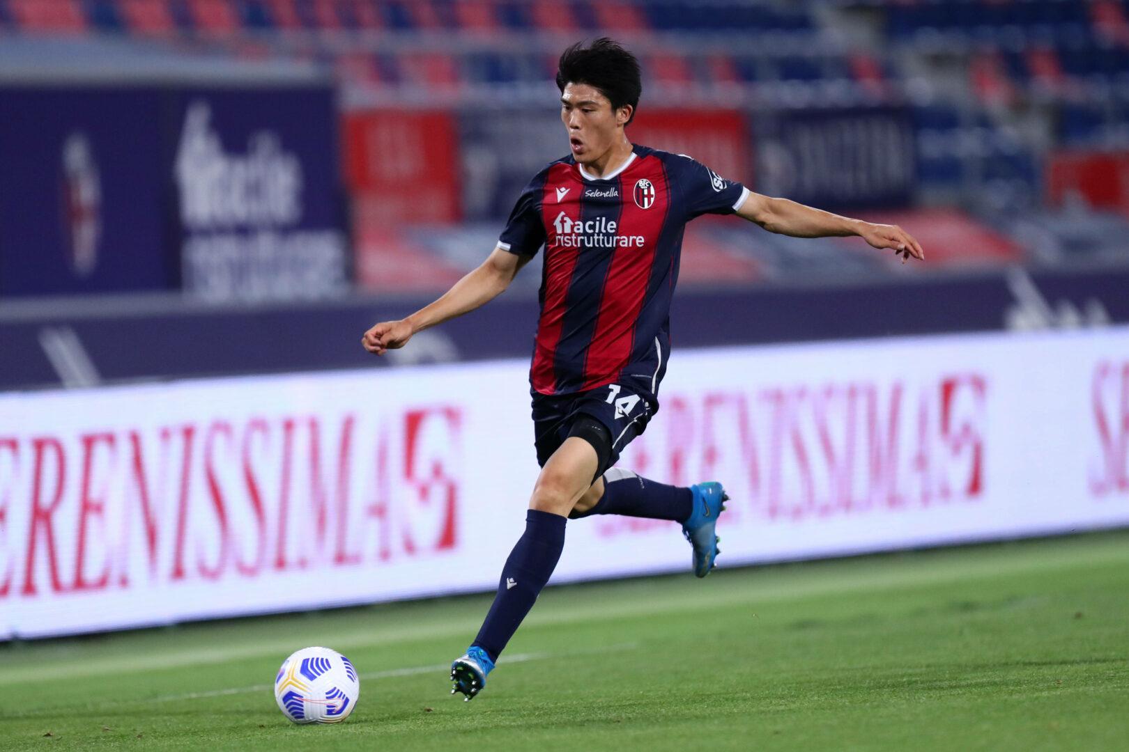 Takehiro Tomiyasu von Bologna - auf dem Weg zu Arsenal?