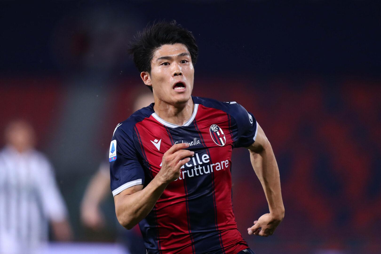 Arsenal verpflichtet Bologna-Verteidiger Tomiyasu