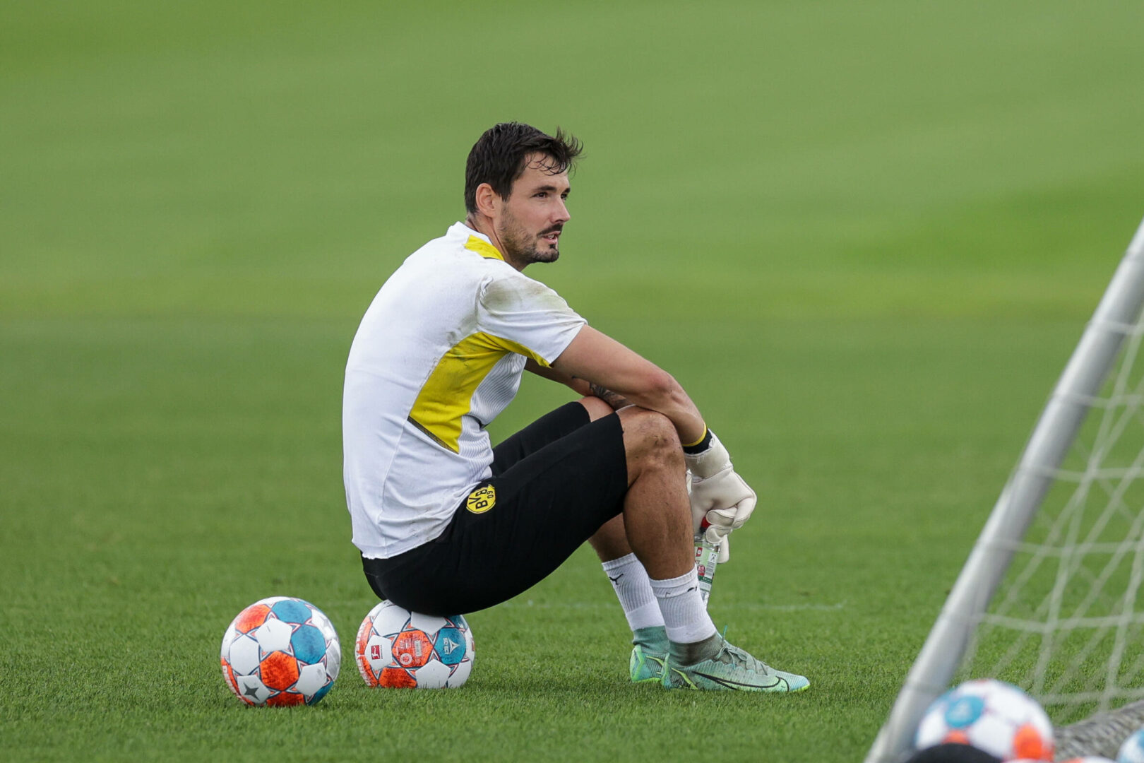 Roman Bürki während des Trainings von Borussia Dortmund.