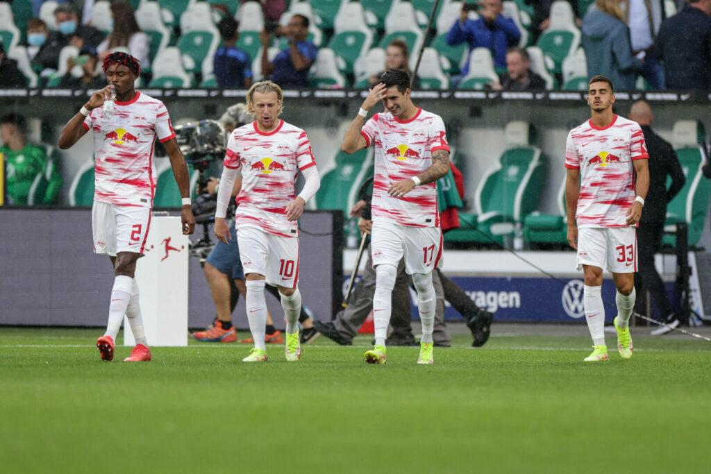 RB Leipzig beim Spiel in Wolfsburg