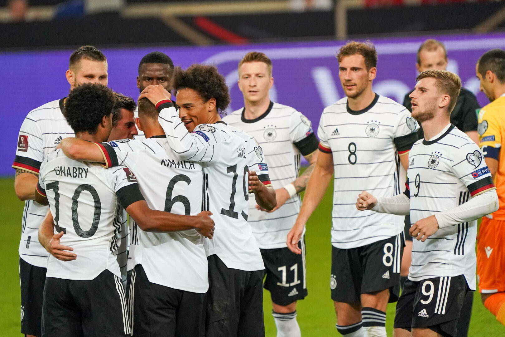 Deutschland zaubert sich gegen Armenien an die Tabellenspitze