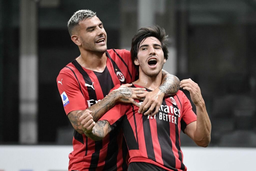 Sandro Tonali, Hernández (Milan) bejubeln Treffer
