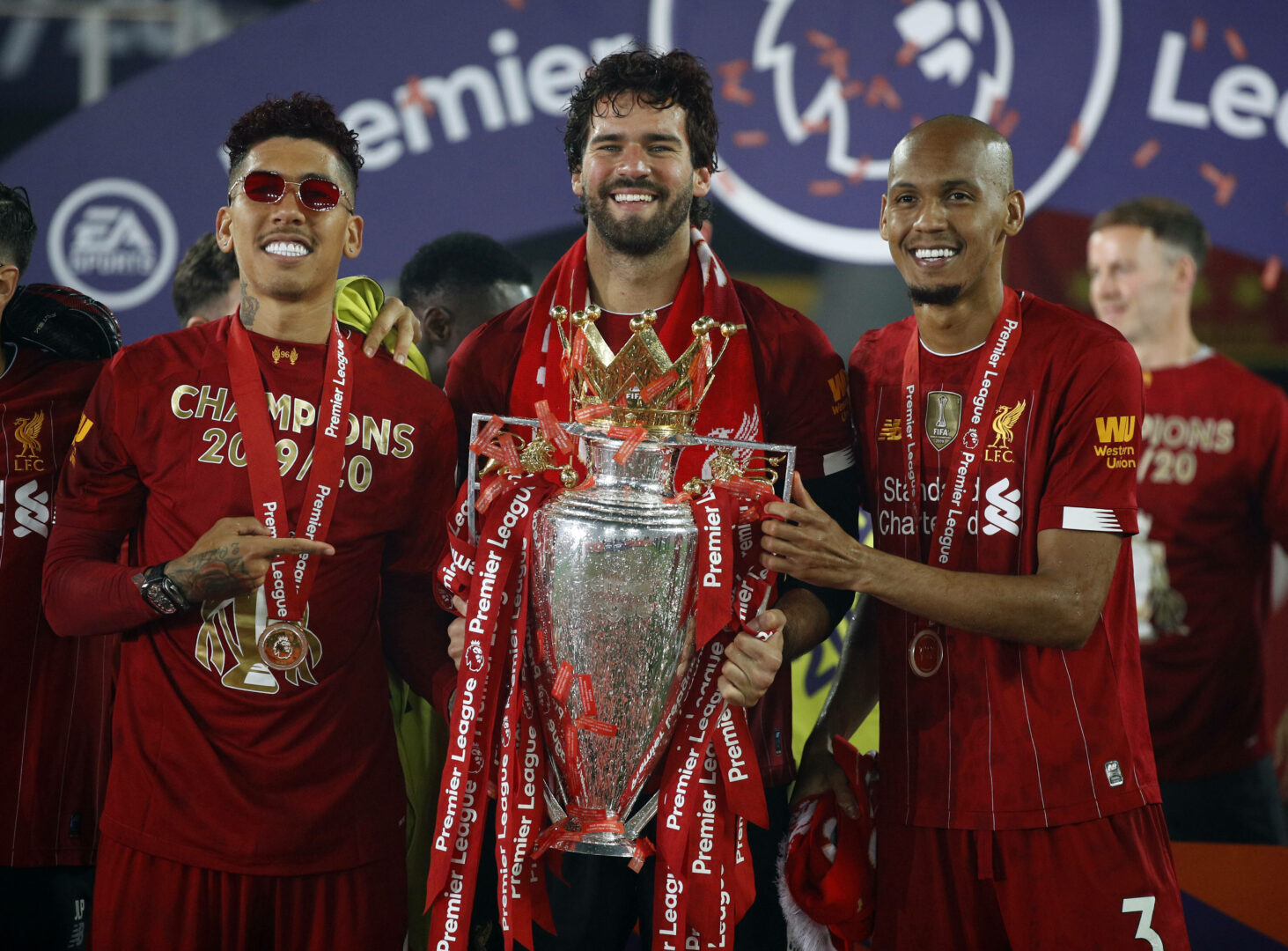 Alisson, Fabinho, Firmino (alle Liverpool) feiern CL-Gewinn