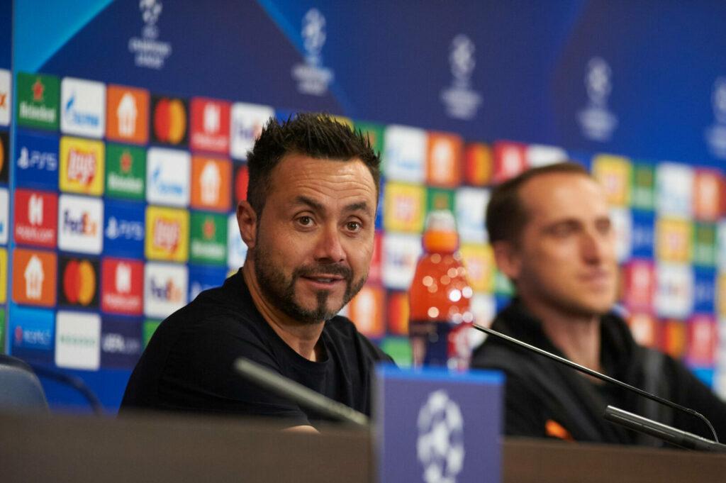 De Zerbi auf der Pressekonferenz vor einem Champions-League-Qualifikationsspiel