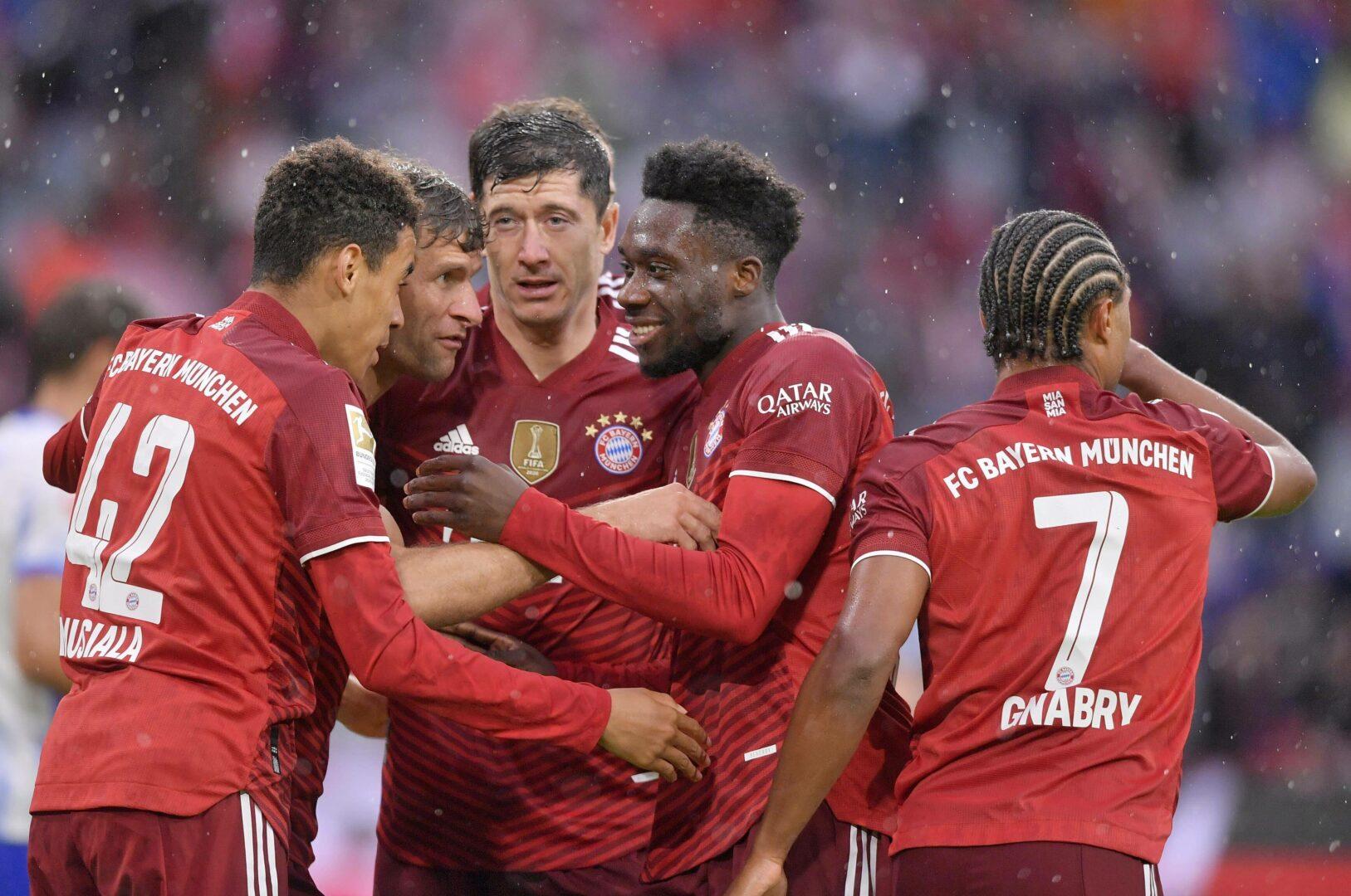 Bayern Spieler im Jubel