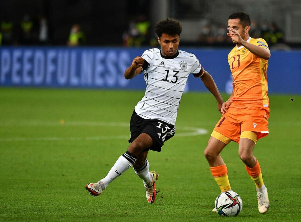 Karim Adeyemi im Trokot der deutschen Nationalmannschaft