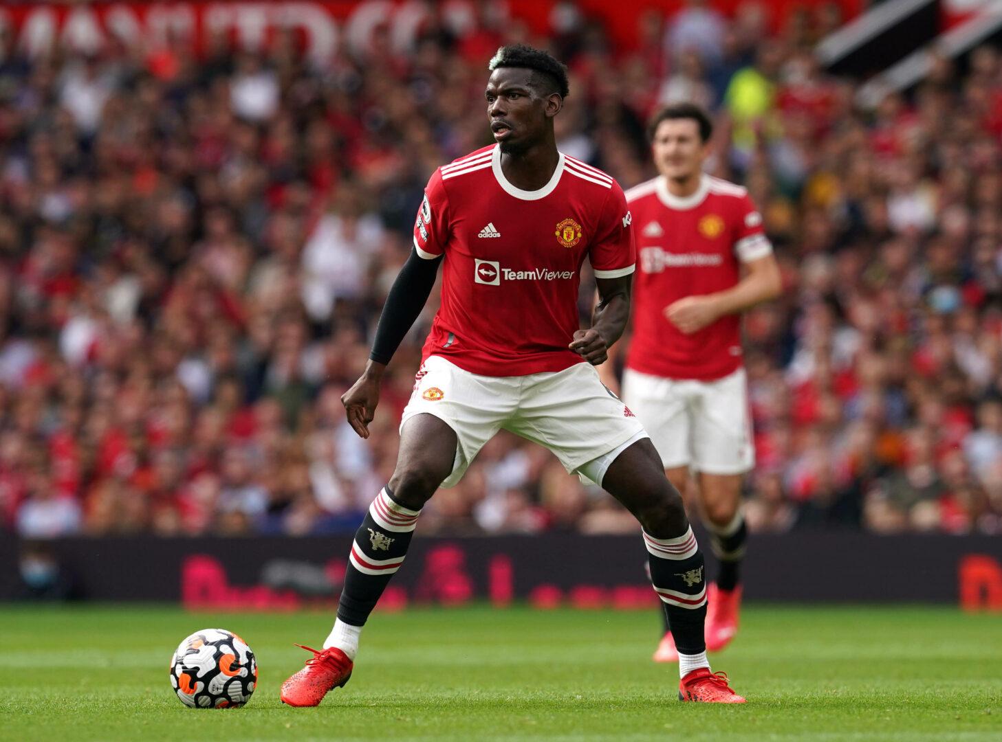 Paul Pogba (Manchester United) sucht nach einer Anspielstation
