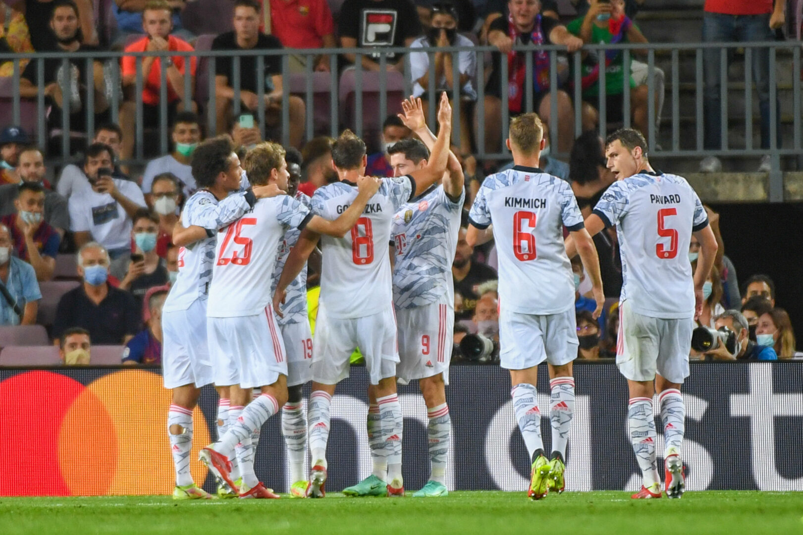 Champions League   0:3! Bayern straft Barcelona erneut ab