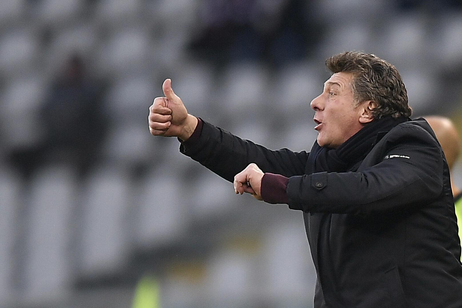 Mazzarri (FC Turin) gibt Anweisungen