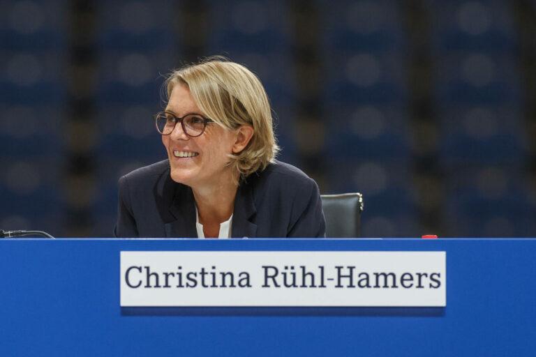 """Schalke kann DFL-Auflagen erfüllen – """"Gewisse wirtschaftliche Stabilität erreicht"""""""