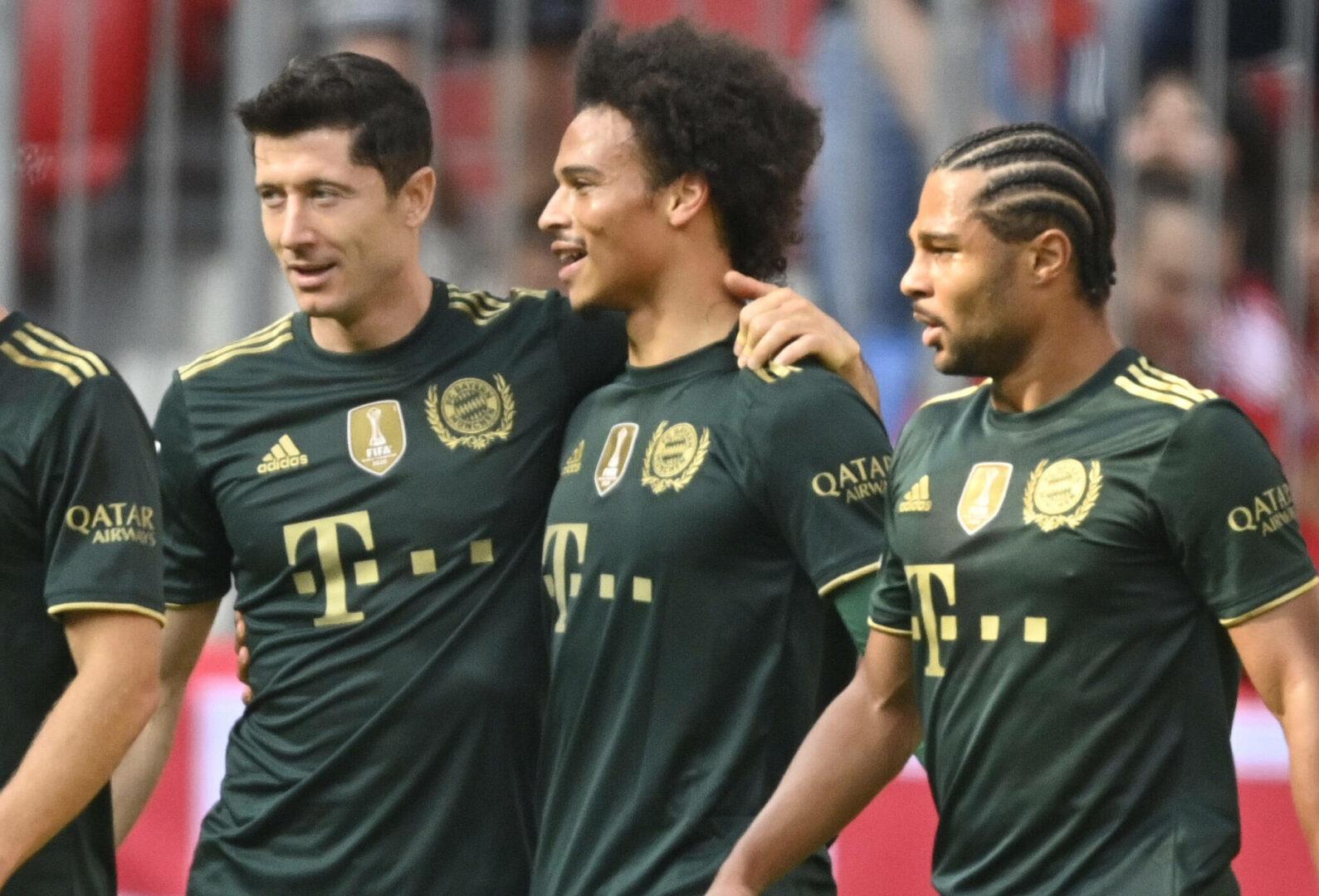 Lewandowski jubelt im Trikot des FC Bayern