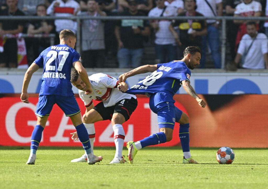 Stuttgart und Leverkusen liefern sich umkämpftes Spiel