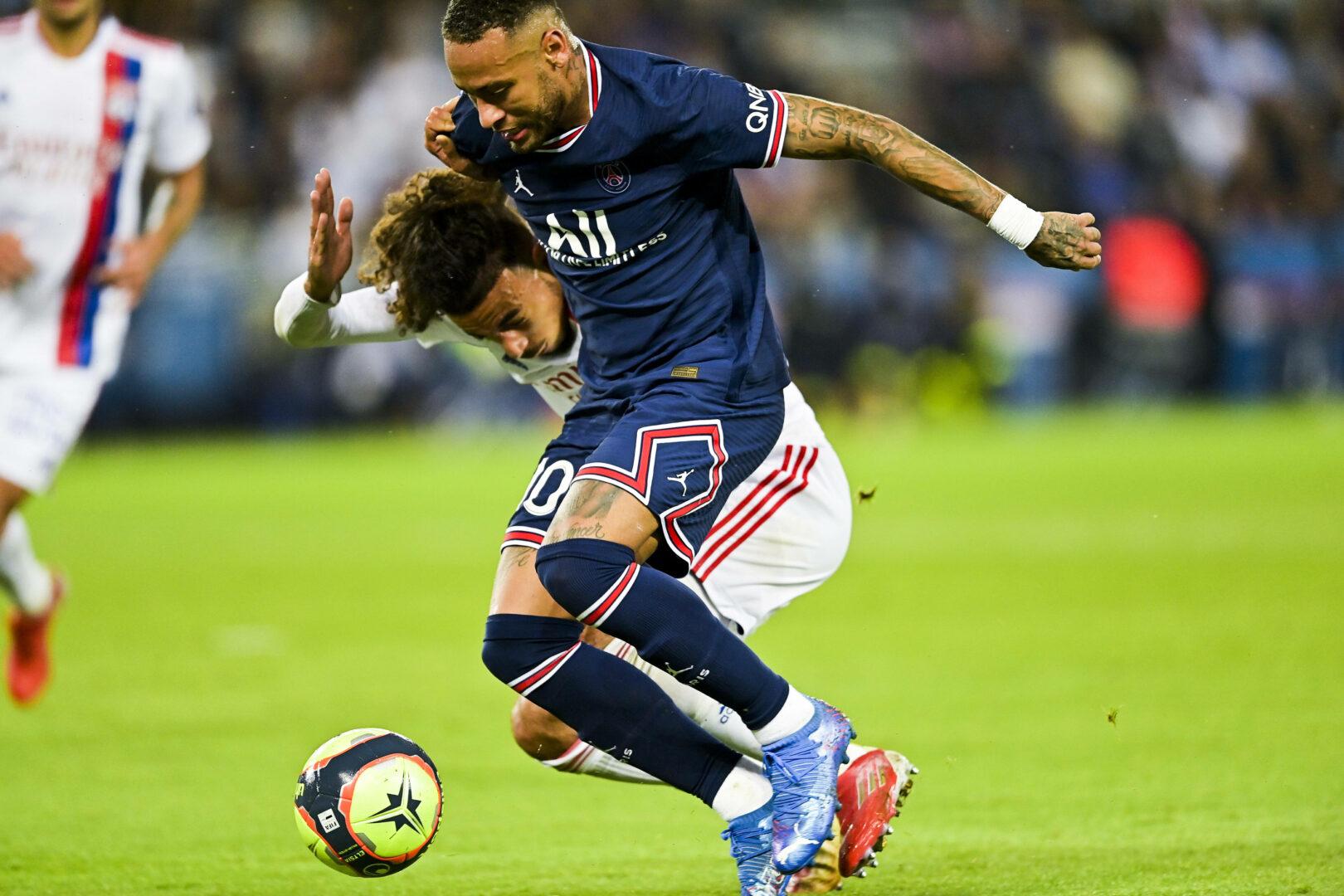 Umstrittener PSG-Elfmeter: Lyon-Präsident kritisiert Schiedsrichtergespann