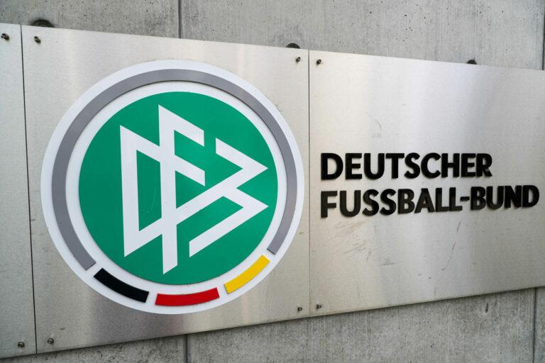 Nach Banner-Eklat bei Hansa Rostock: DFB-Kontrollausschuss leitet Ermittlungsverfahren ein