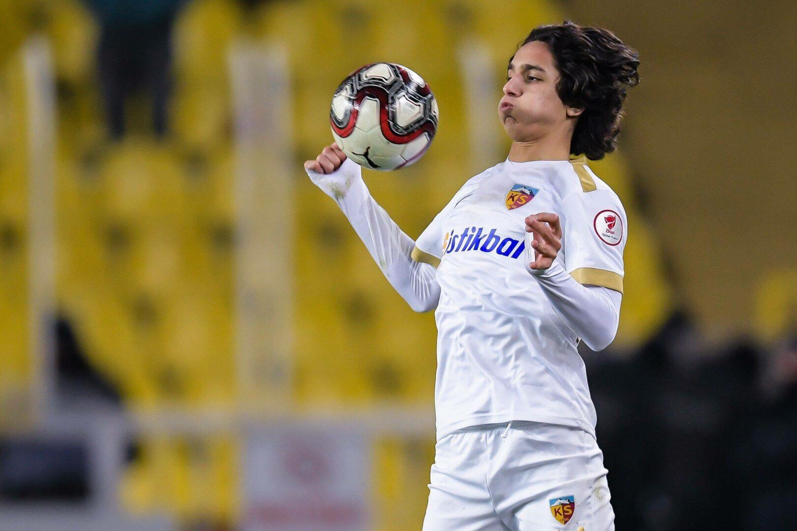 Emre Demir (Kayserispor) spielt bald für Barca