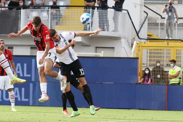 Maldini-Premierentor und Joker Diaz: Milan gewinnt spät in Spezia