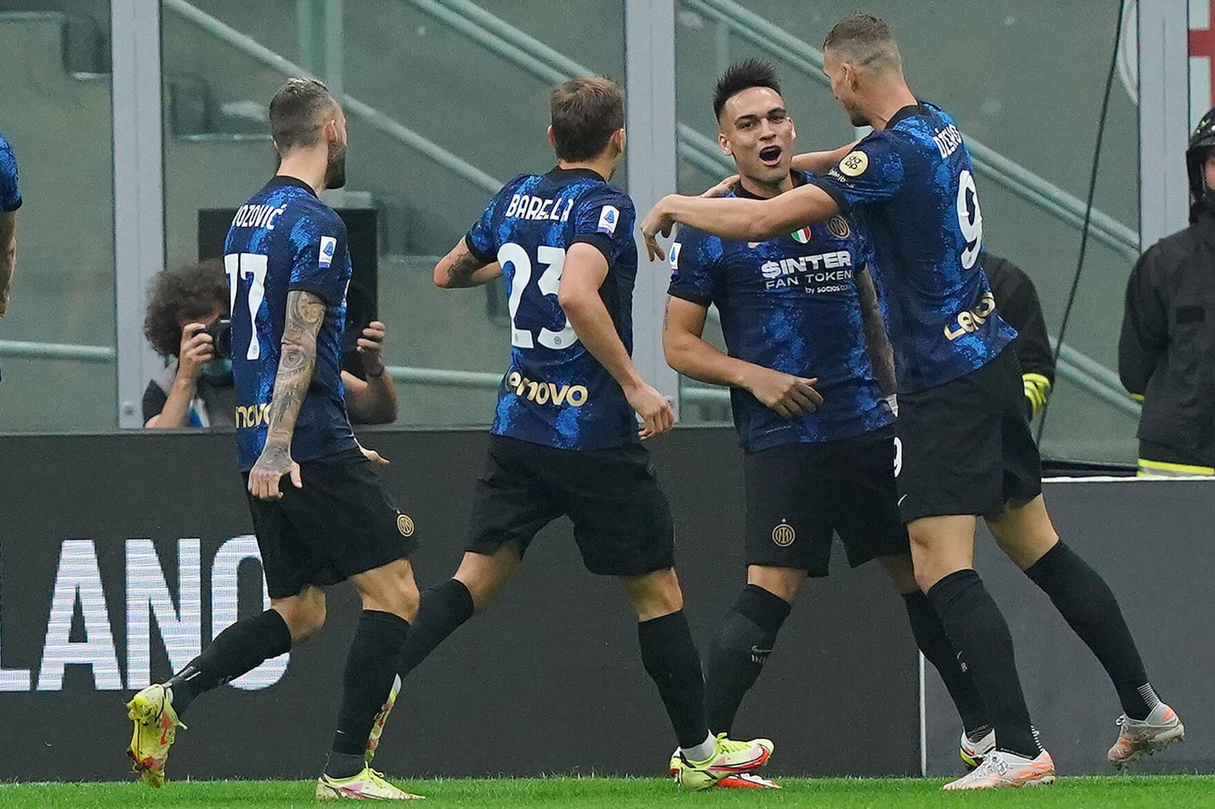 Inter jubelt über den Ausgleich gegen Atalanta