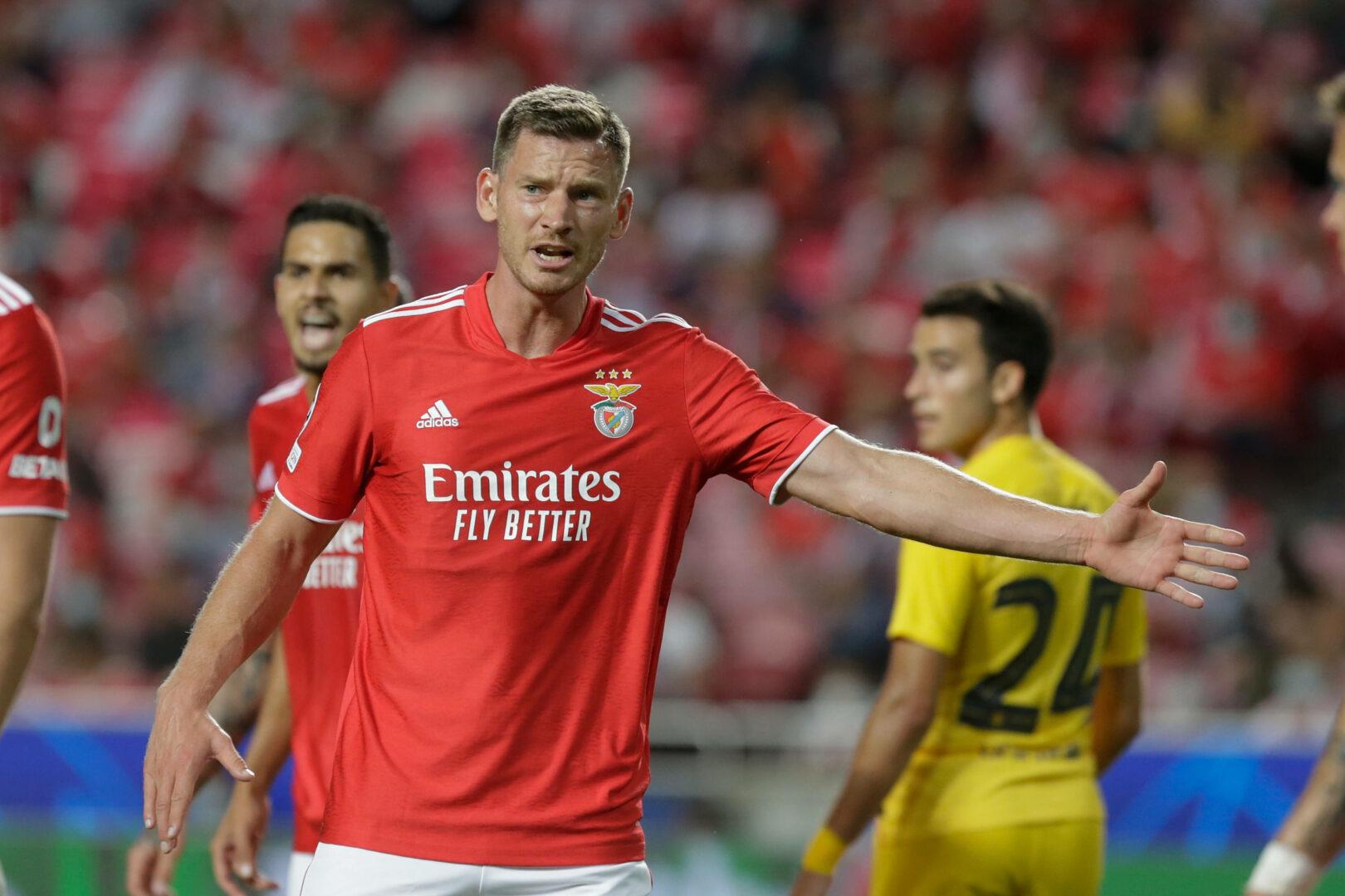 Jan Vertonghen dirigiert die Benfica-Defensive