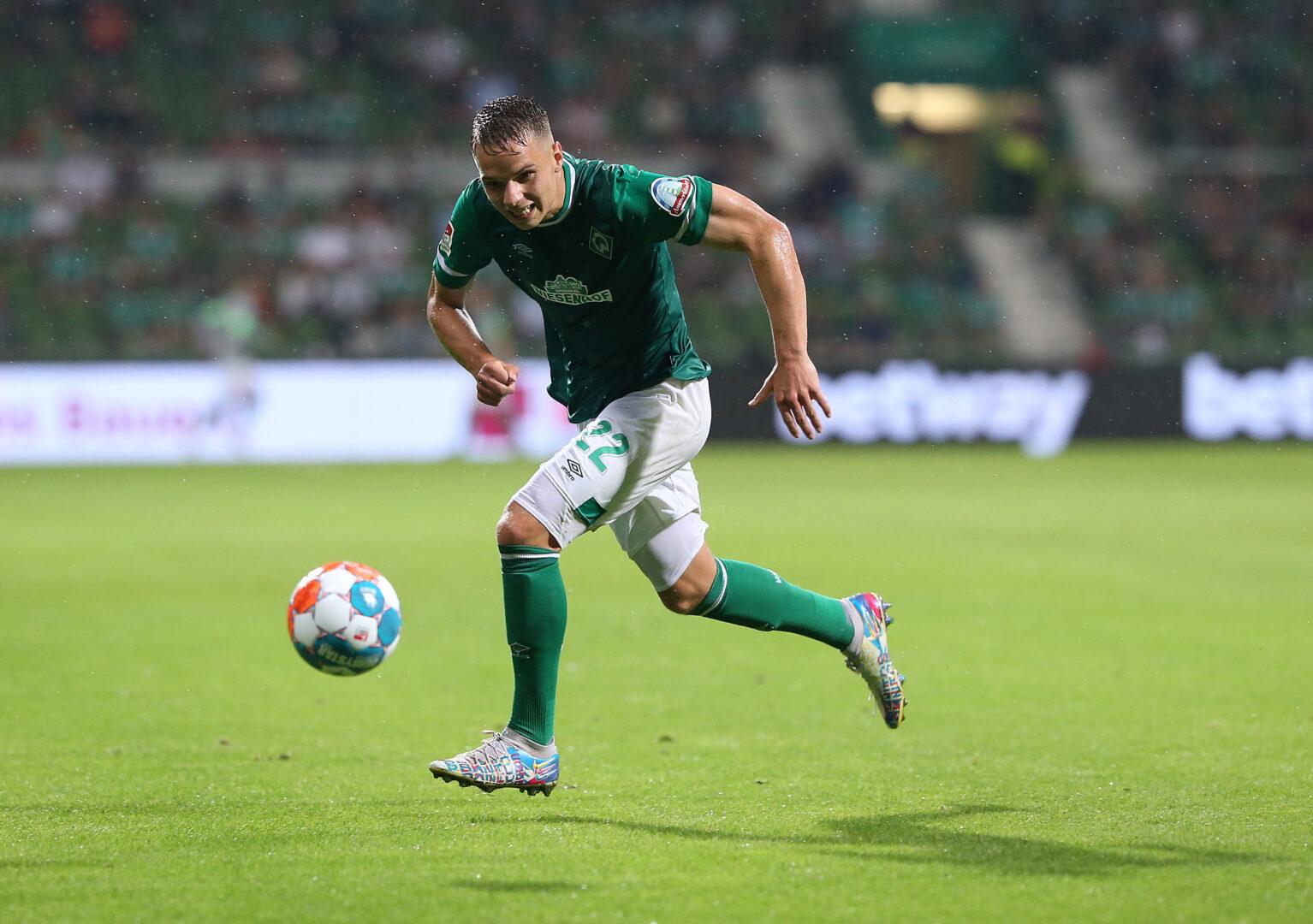 Niklas Schmidt von Werder Bremen