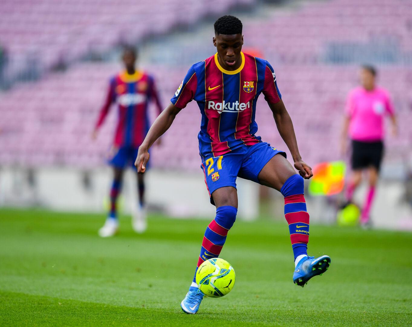 Ilaix Moriba im Trikot des FC Barcelona