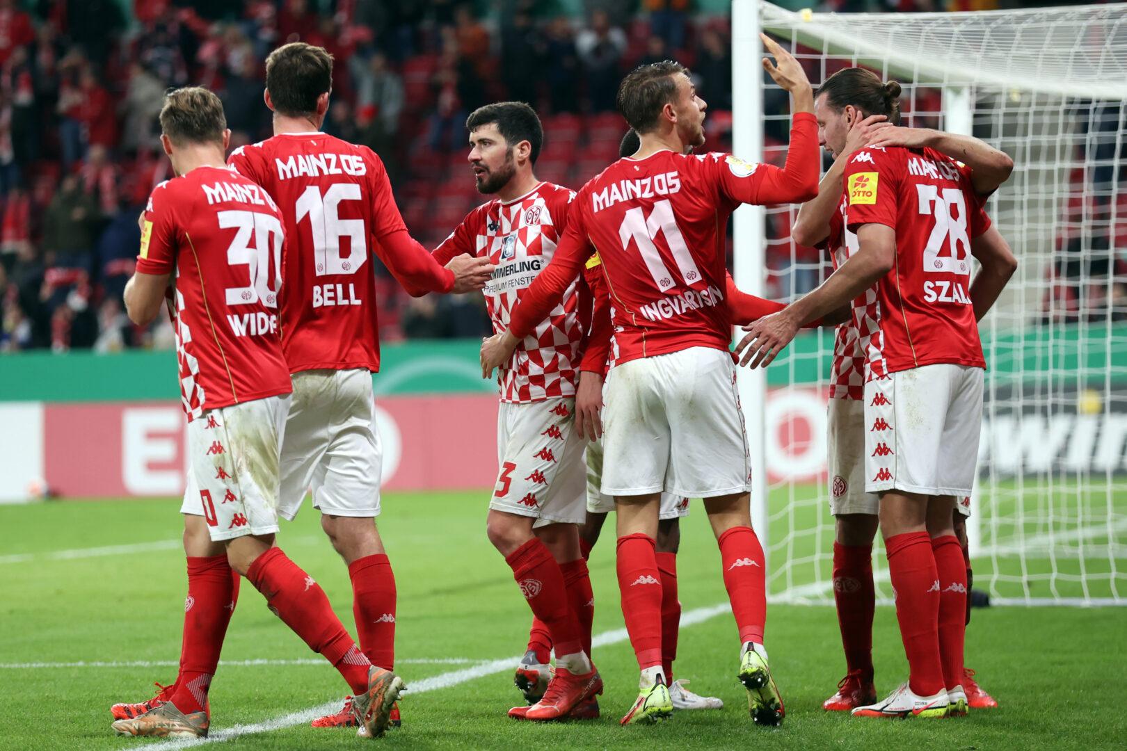 DFB-Pokal: Mainz weiter, Freiburg und HSV jubeln nach dem Elfmeterschießen